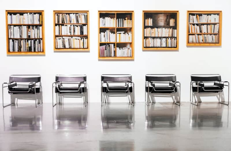 books_chairs