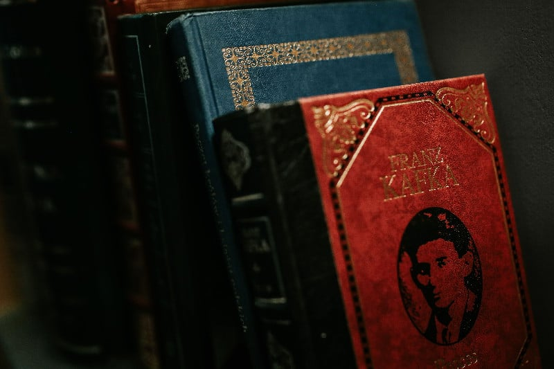 kaboompics_Classic books in elegant covers